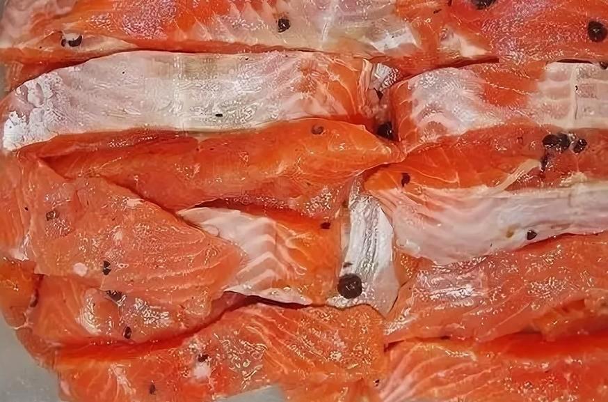 Приготовление малосольной красной рыбы