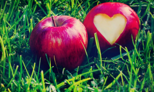 Гадание с помощью яблока на любовь